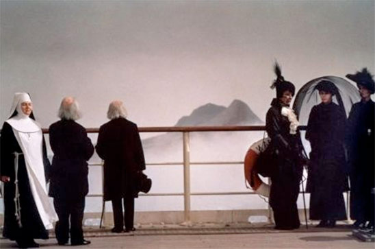 Et vogue le navire... de Fellini