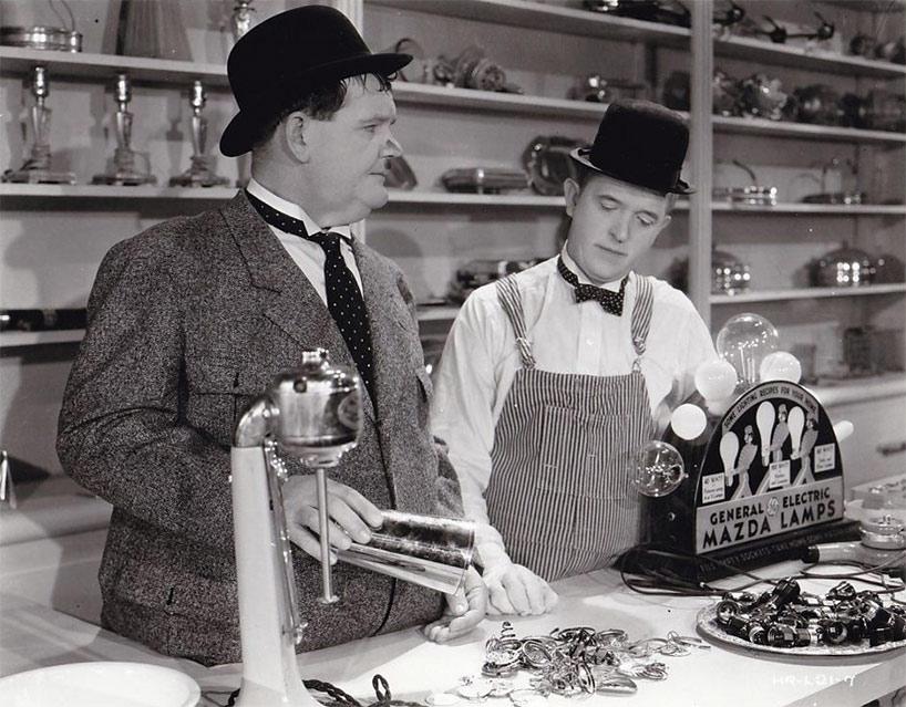 Laurel et Hardy électriciens